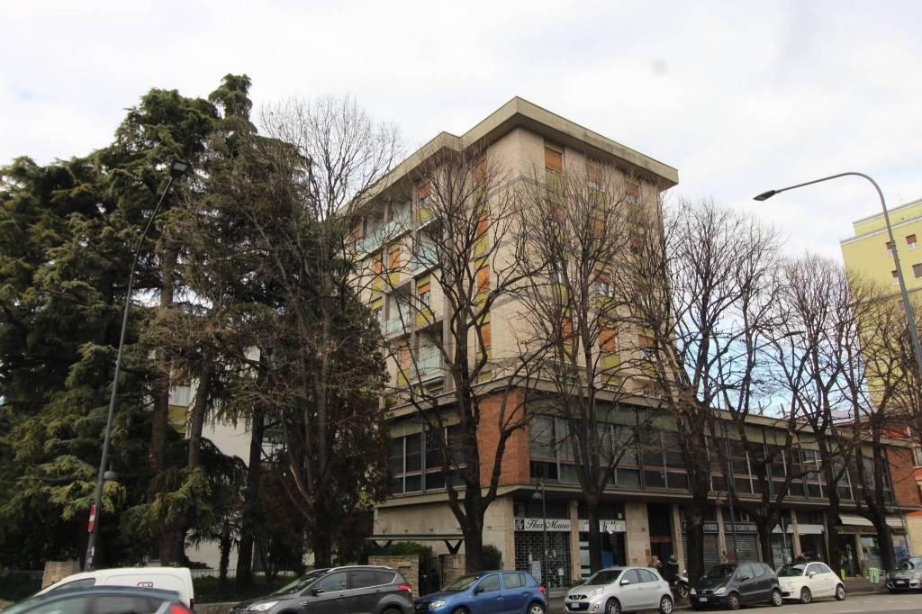 Appartamento quadrilocale in vendita a Brescia (BS)