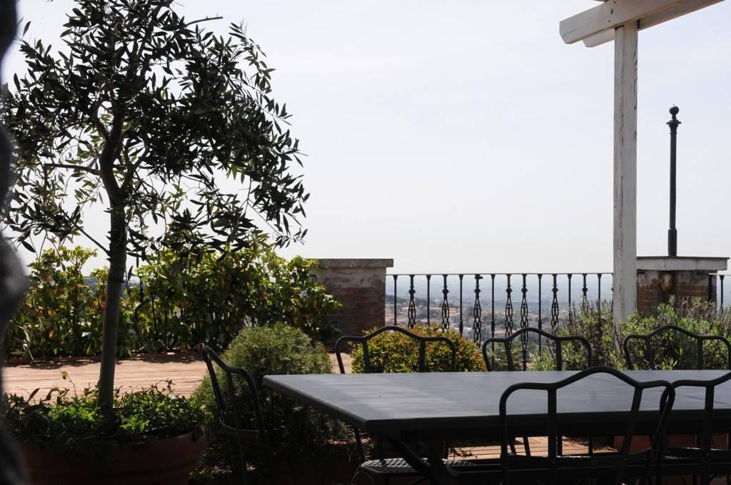 Attico / Mansarda in vendita a Castel Gandolfo, 4 locali, prezzo € 420.000   PortaleAgenzieImmobiliari.it