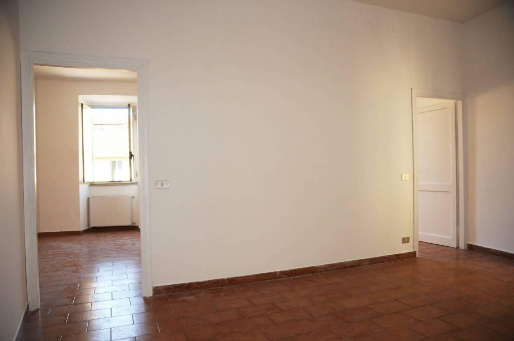 Appartamento in buone condizioni in vendita Rif. 7832172