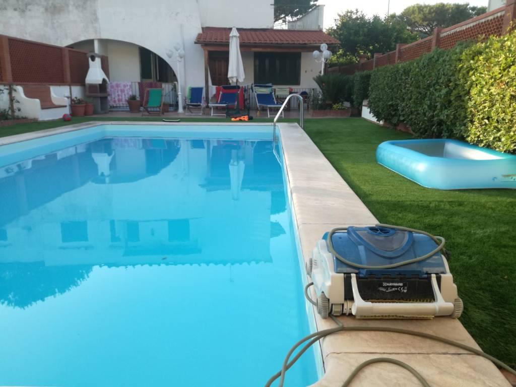 Villa in ottime condizioni parzialmente arredato in vendita Rif. 8503205