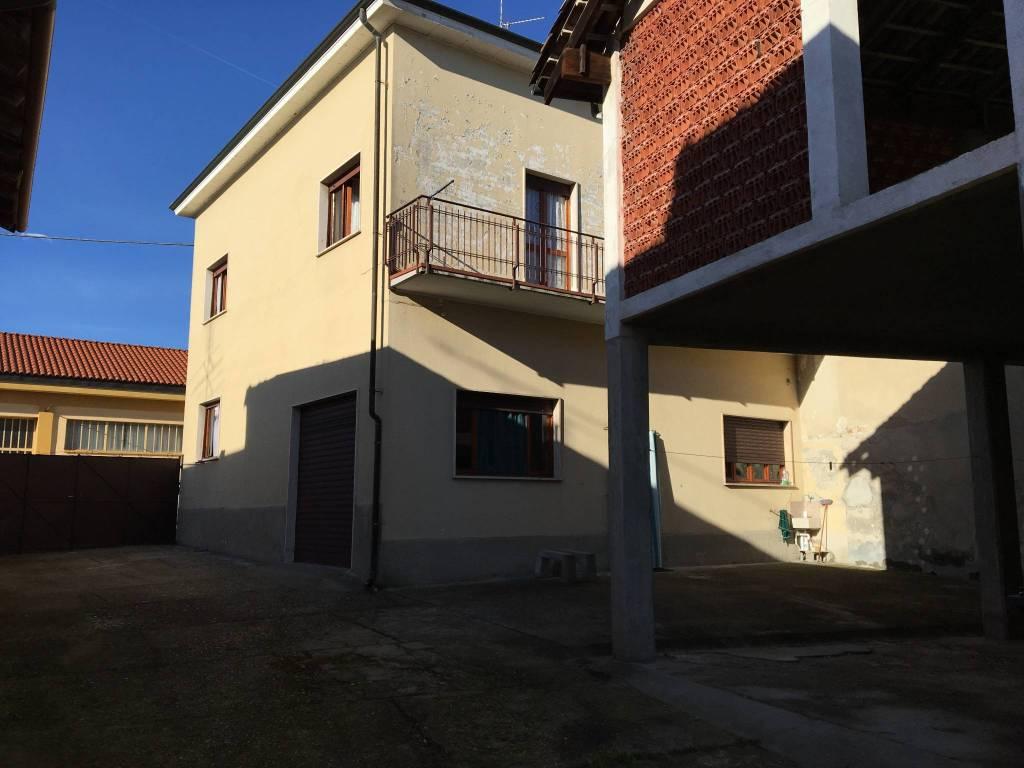 Foto 1 di Casa indipendente via Roma 22, Mombello Monferrato