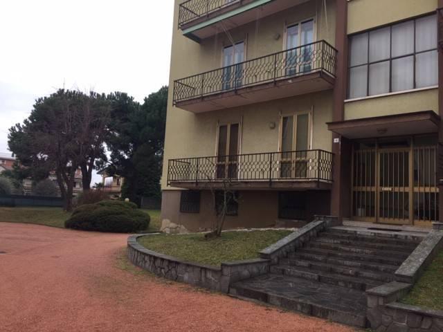 Appartamento in buone condizioni in vendita Rif. 7385425