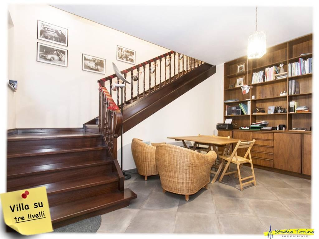 Villa in buone condizioni in vendita Rif. 9364219