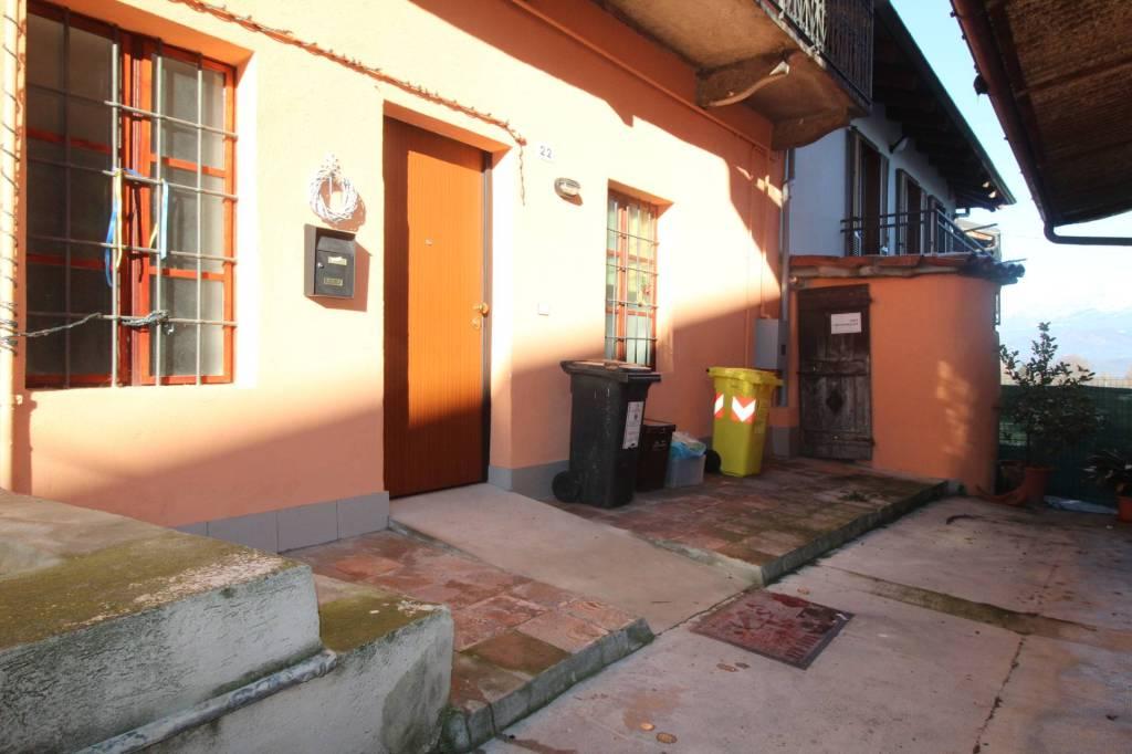 Appartamento in ottime condizioni arredato in affitto Rif. 8479622