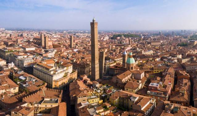 Foto 1 di Palazzo / Stabile Bologna (zona Centro Storico)