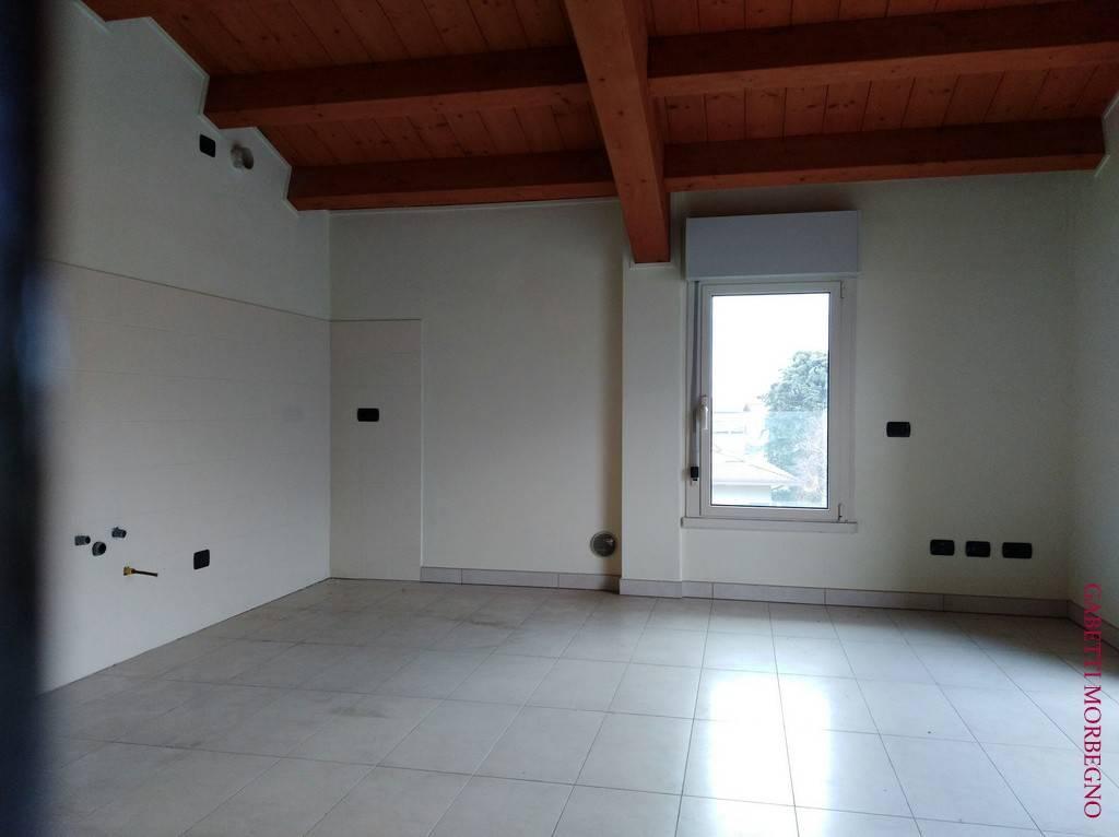 Appartamento trilocale in affitto a Morbegno (SO)