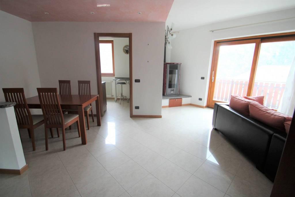 Appartamento quadrilocale in vendita a Gordona (SO)
