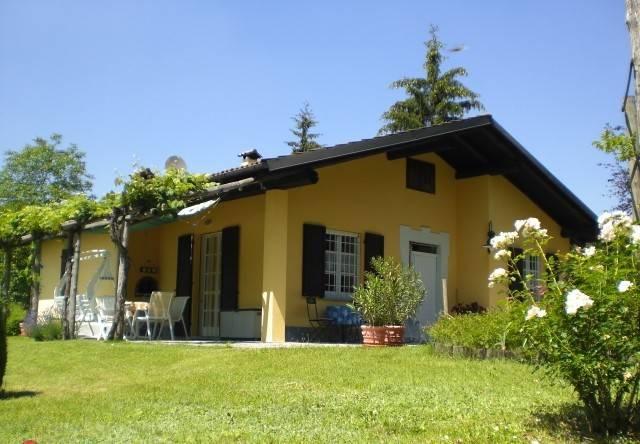 Villa in vendita a Roccaverano, 5 locali, prezzo € 298.000 | CambioCasa.it