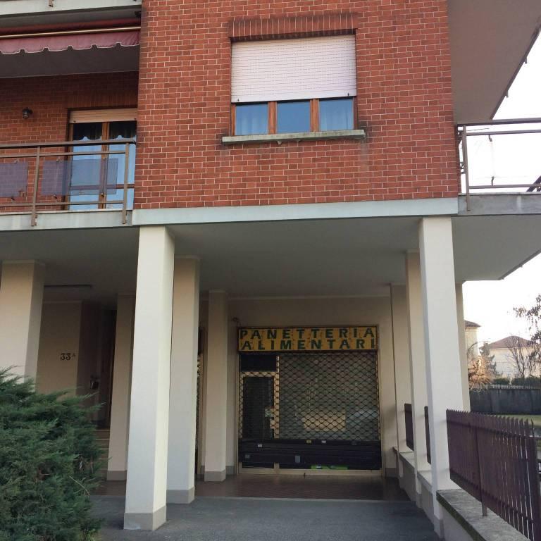 Negozio / Locale in affitto a Chieri, 1 locali, prezzo € 450 | CambioCasa.it