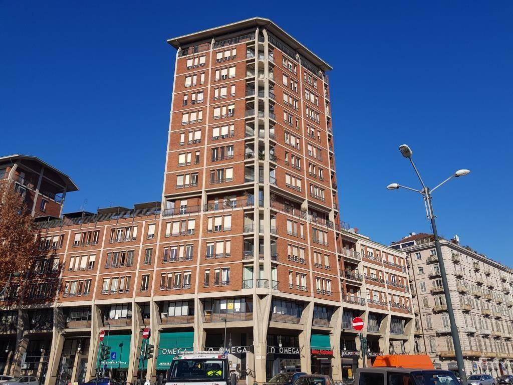 Appartamento in ottime condizioni in vendita Rif. 9392907