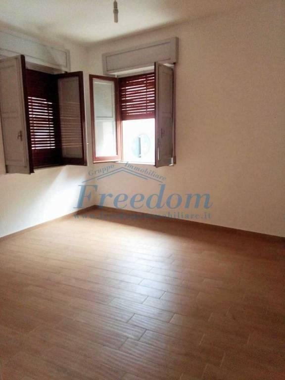 Appartamento in Vendita a Aci Castello Centro: 3 locali, 80 mq