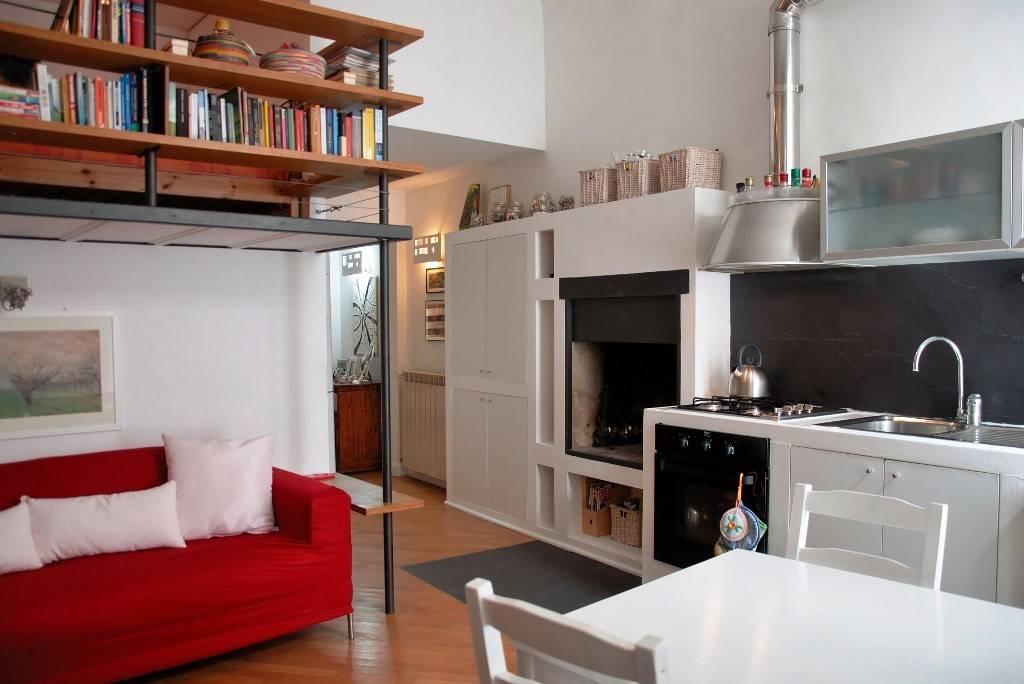 Appartamento in ottime condizioni in vendita Rif. 9393446