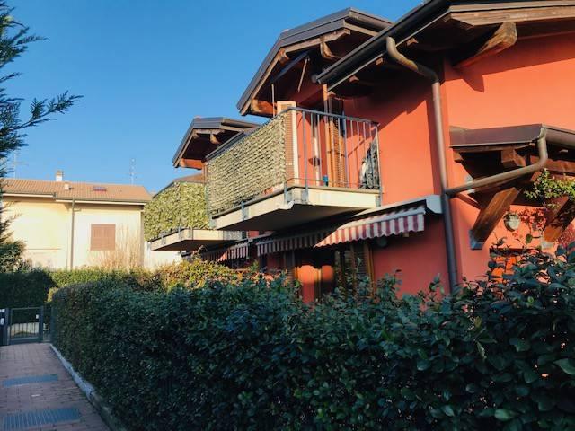 Appartamento in vendita a Appiano Gentile, 3 locali, prezzo € 149.000 | PortaleAgenzieImmobiliari.it
