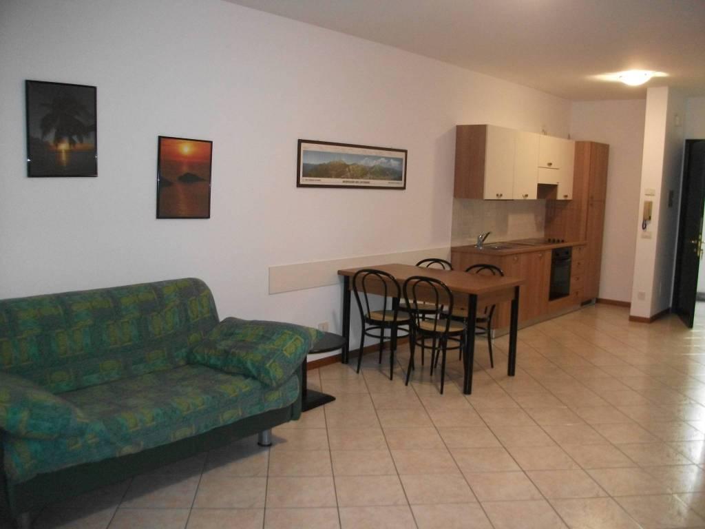 Appartamento in vendita a Colico, 2 locali, prezzo € 108.000 | CambioCasa.it