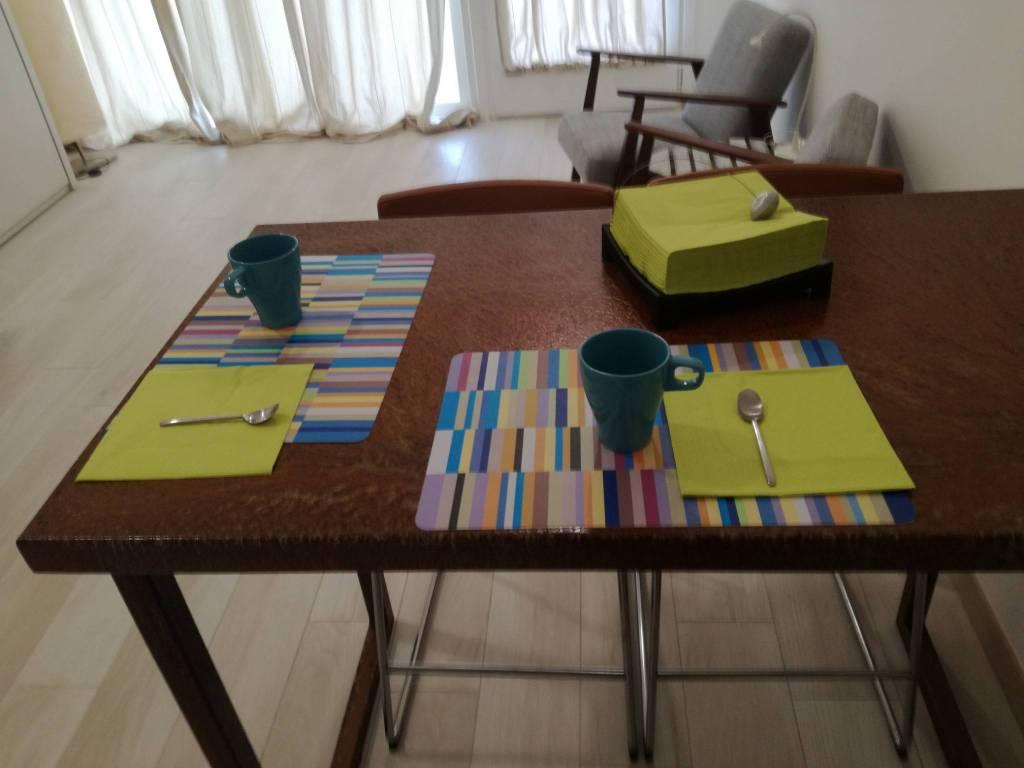 Appartamento in ottime condizioni arredato in affitto Rif. 9325198