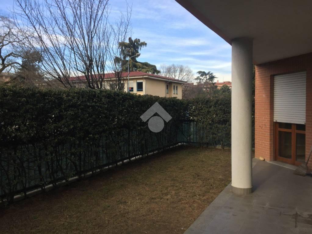 Appartamento in ottime condizioni in affitto Rif. 9262503