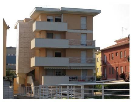 Appartamento in ottime condizioni in vendita Rif. 9350865