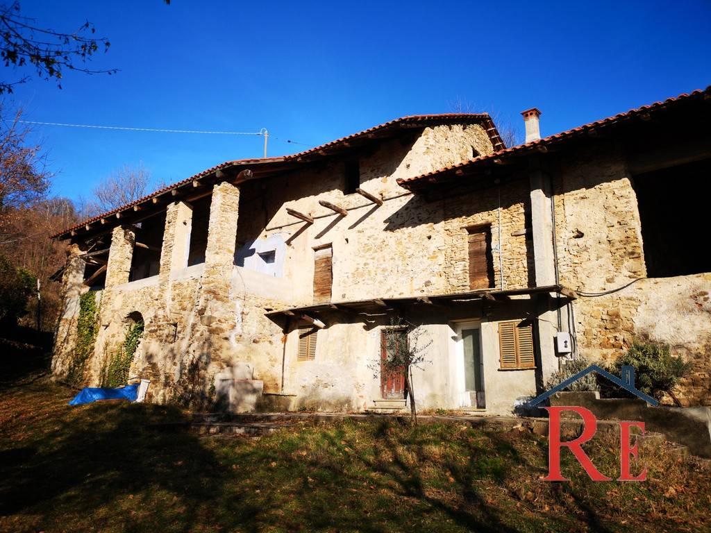 Rustico / Casale in vendita a Rossana, 8 locali, prezzo € 119.000 | PortaleAgenzieImmobiliari.it
