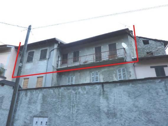 Appartamento trilocale in vendita a Traona (SO)