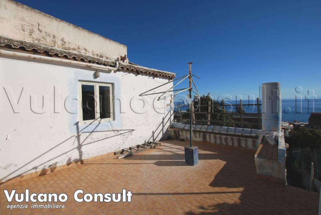 Appartamento in vendita a Santa Marina Salina, 7 locali, prezzo € 475.000 | PortaleAgenzieImmobiliari.it