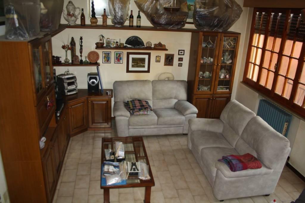 Villa in buone condizioni in vendita Rif. 9423805