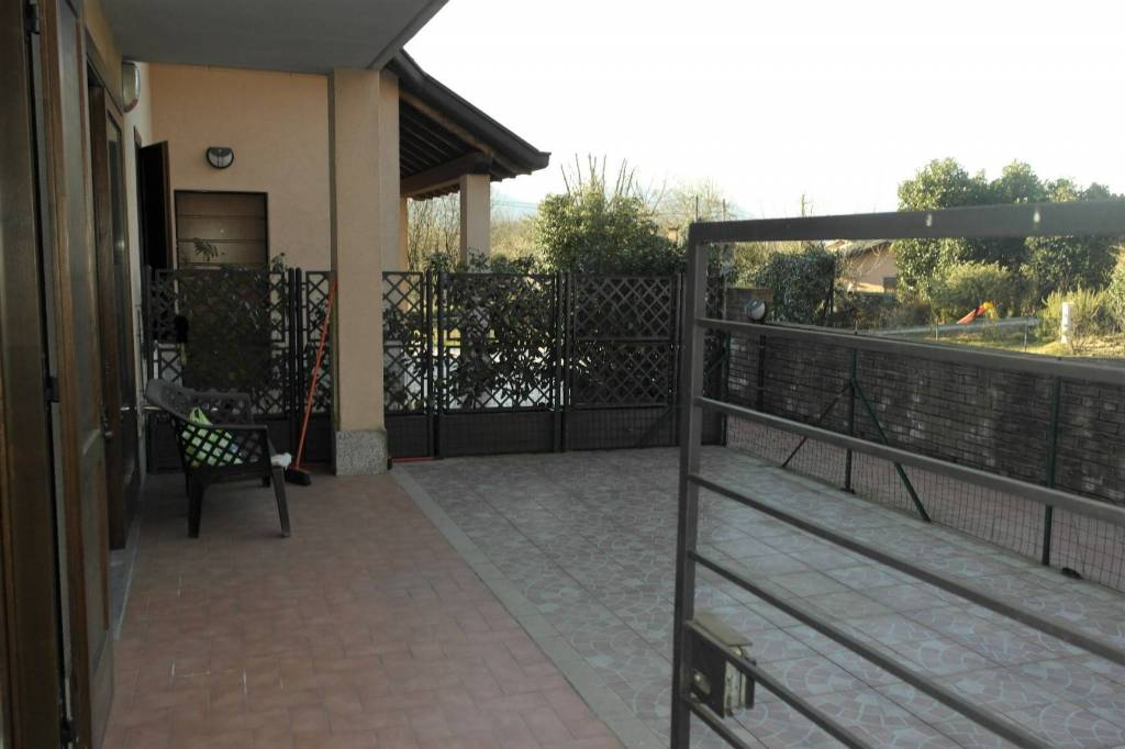 Appartamento in vendita a Besozzo, 2 locali, prezzo € 95.000 | CambioCasa.it