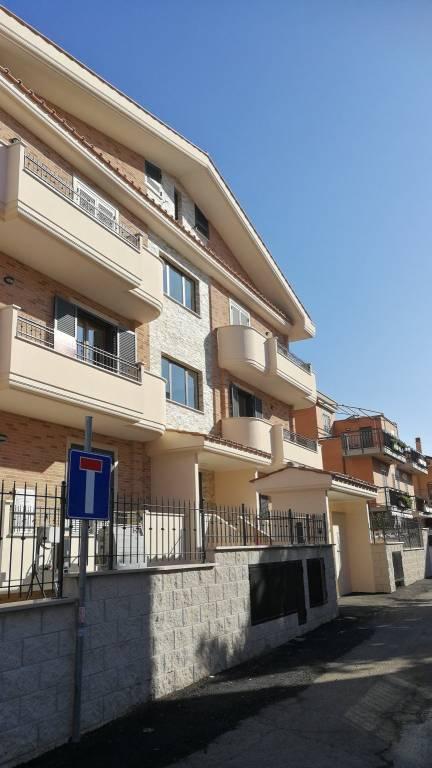 Appartamento in vendita Rif. 9423623