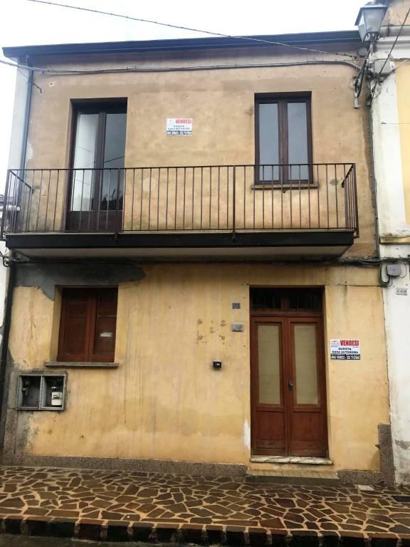 Casa indipendente quadrilocale in vendita a Stefanaconi (VV)