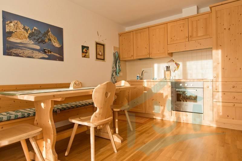 Appartamento arredato in vendita Rif. 8984365