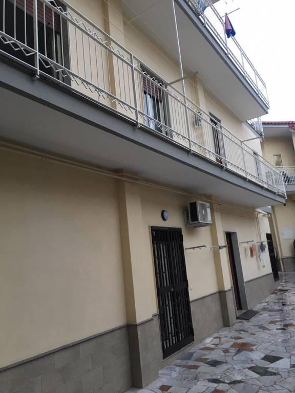 Appartamento in ottime condizioni in affitto Rif. 9419343