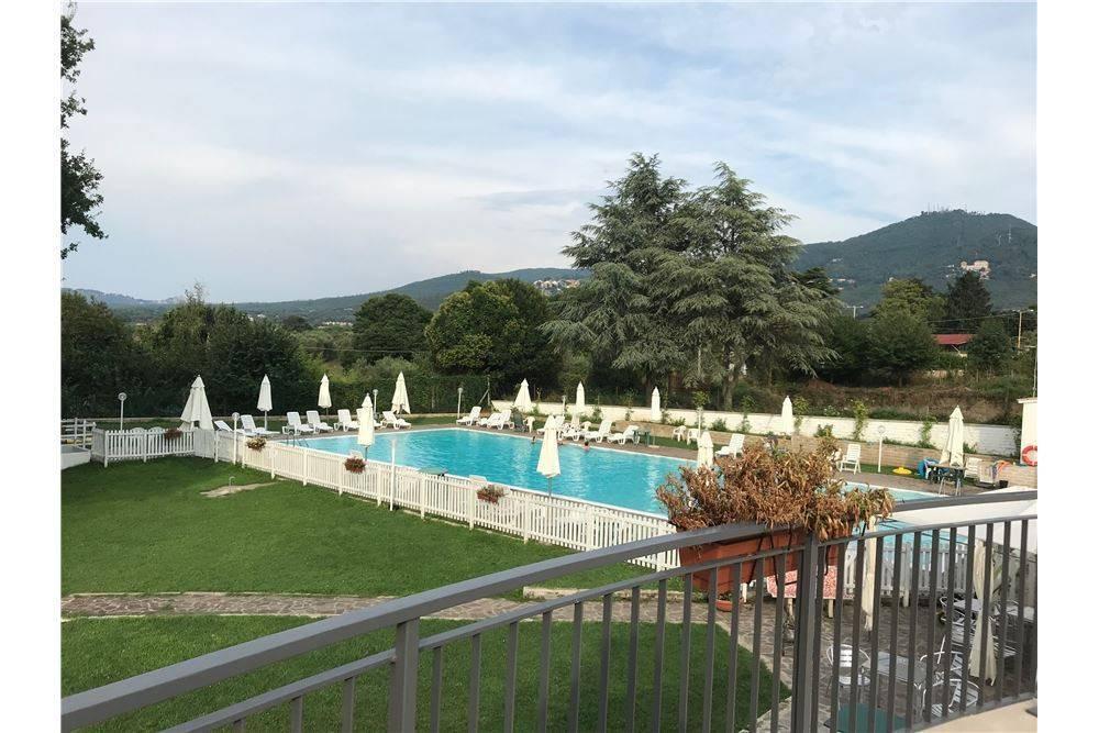 Marino Appartamento in Villa