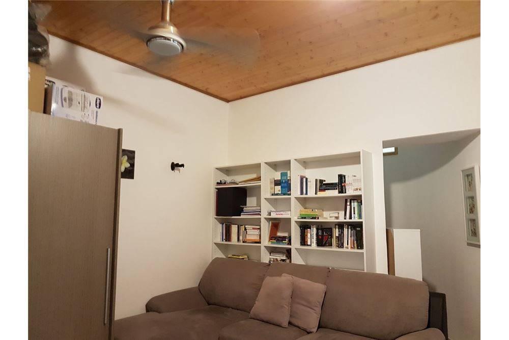 Velletri, appartamento su due livelli arredato