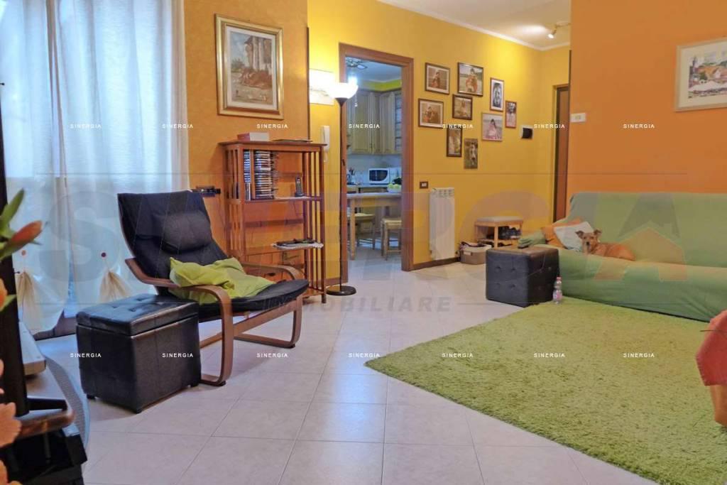 Appartamento in vendita a Albairate, 4 locali, prezzo € 189.000 | CambioCasa.it