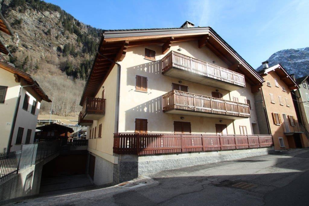 Appartamento bilocale in vendita a Campodolcino (SO)-2