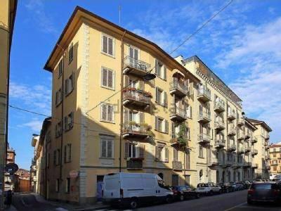 Appartamento in ottime condizioni arredato in affitto Rif. 9439553