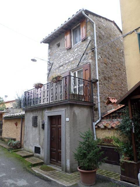 Casa indipendente in Affitto a Magione: 2 locali, 60 mq