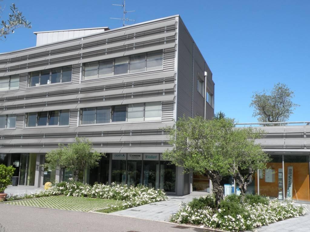 Ufficio / Studio in vendita a Grandate, 3 locali, prezzo € 220.000 | PortaleAgenzieImmobiliari.it