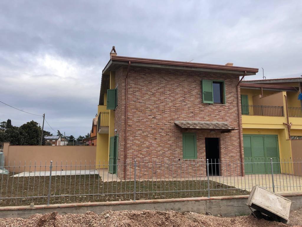 Villa 5 locali in vendita a Perugia (PG)