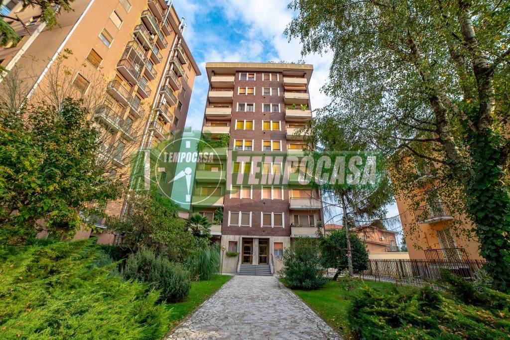 Attico / Mansarda in ottime condizioni in vendita Rif. 9453067