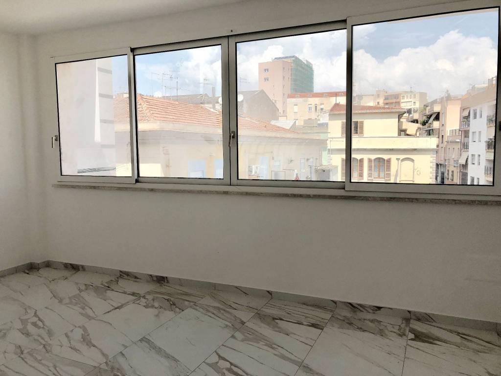 Appartamento in vendita a Cagliari, 3 locali, prezzo € 300.000 | CambioCasa.it