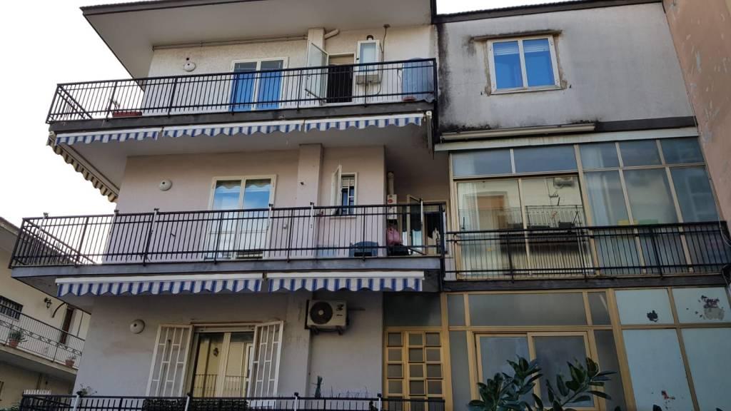 Appartamento in vendita a Afragola, 5 locali, prezzo € 190.000 | CambioCasa.it