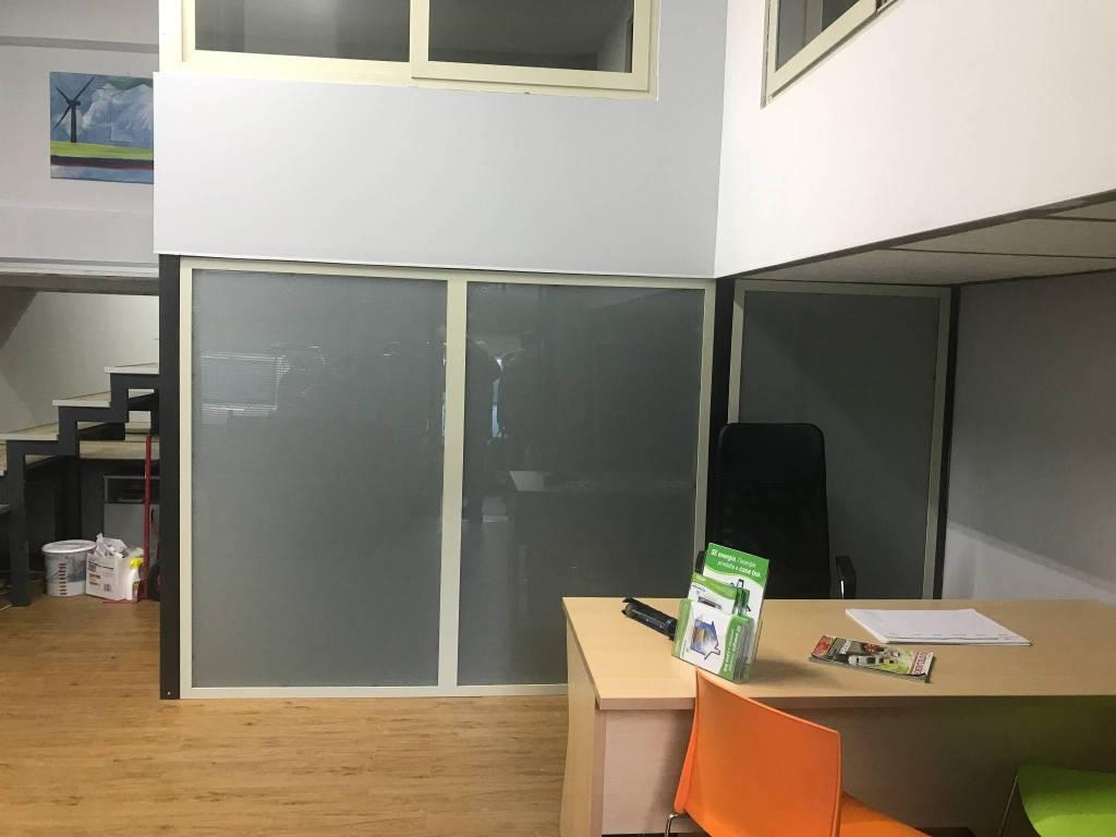 Negozio bilocale in affitto a Cosenza (CS)