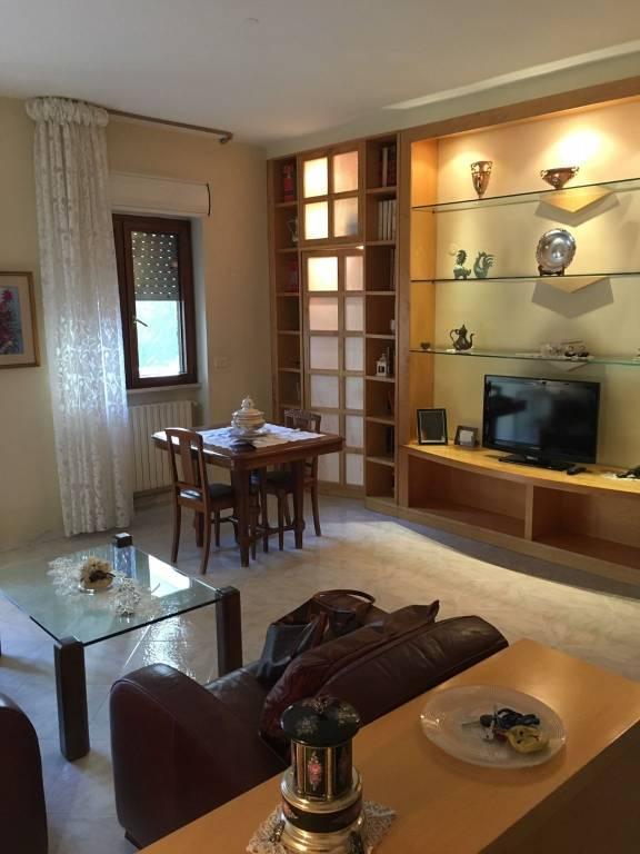vendita, luminoso e rifinito appartamento a Modugno