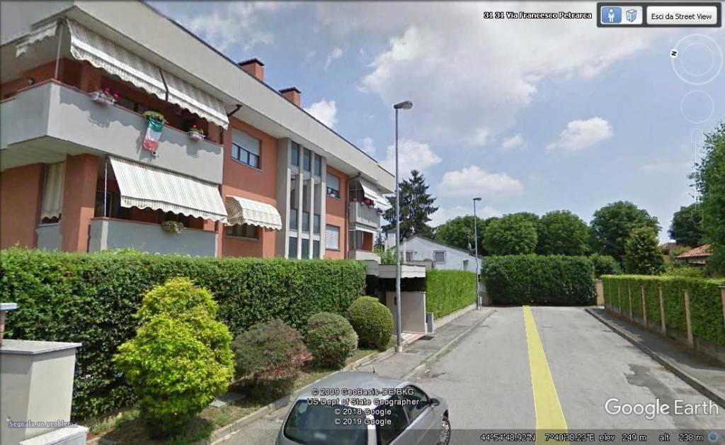 Appartamento in ottime condizioni in vendita Rif. 9438432
