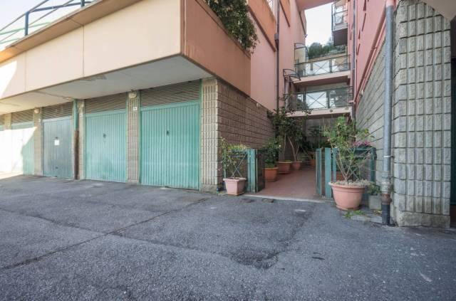 Foto 12 di Quadrilocale Via dei Narcisi, Genova