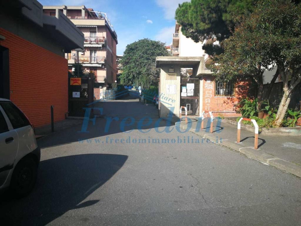 Immobile 380mq adatto per SALA FESTE zona Canalicchio Rif. 9446688
