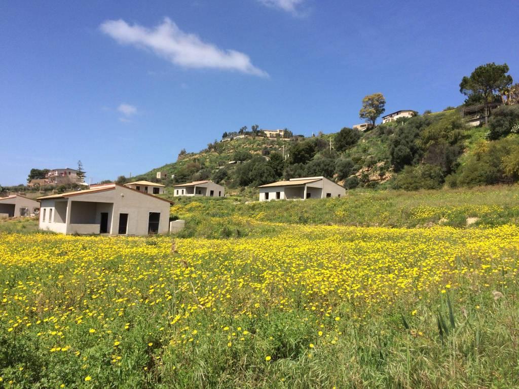 Villa quadrilocale in vendita a Agrigento (AG)