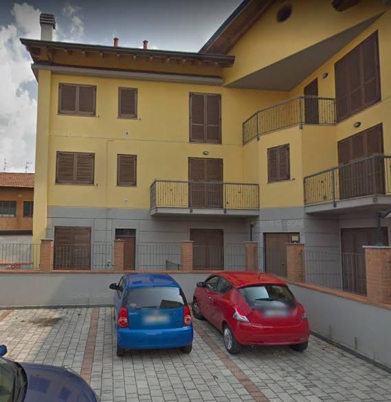 Appartamento in vendita a Fenegrò, 2 locali, prezzo € 78.000 | CambioCasa.it