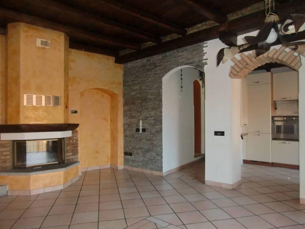 Appartamento in vendita a Alserio, 3 locali, prezzo € 115.000 | PortaleAgenzieImmobiliari.it