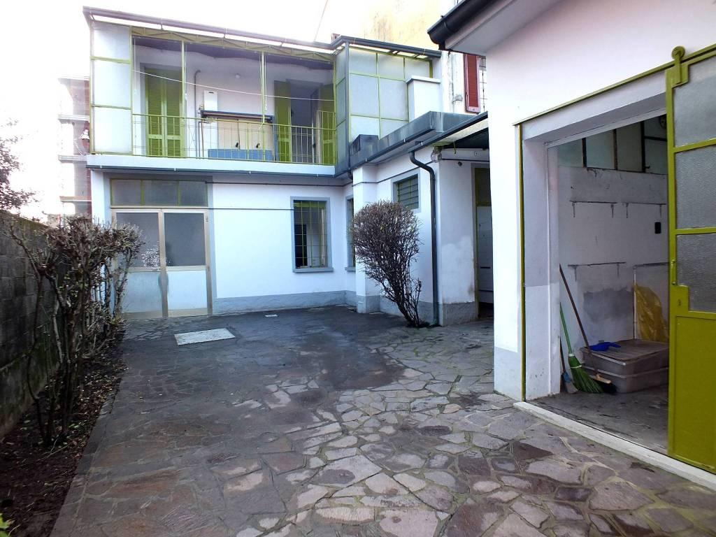 Villa da ristrutturare in vendita Rif. 9452918